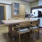 オーク&ブラックチェリー無垢材のダイニング家具