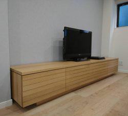 オーク無垢材-大型テレビボード